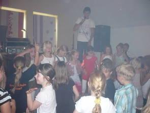 Der DJ brachte die Kinder schnell in Schwung