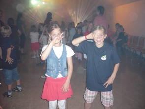 Kinder im Disco Fieber
